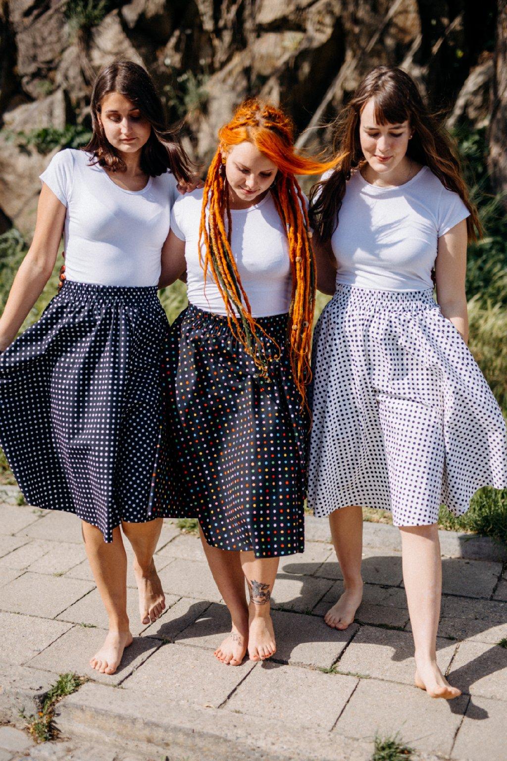 sukně PUNTÍKY 5mm v barevných variantách