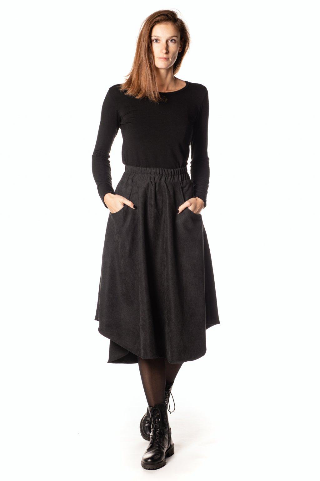 ČERNÁ asymetrická sukně (manšestr jemný)
