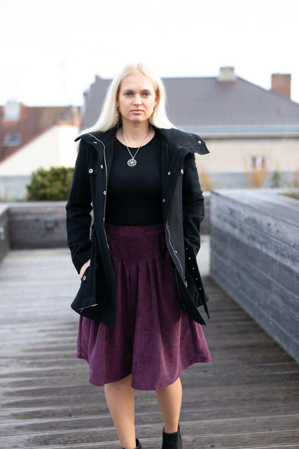 FIALOVÁ sukně s klínem