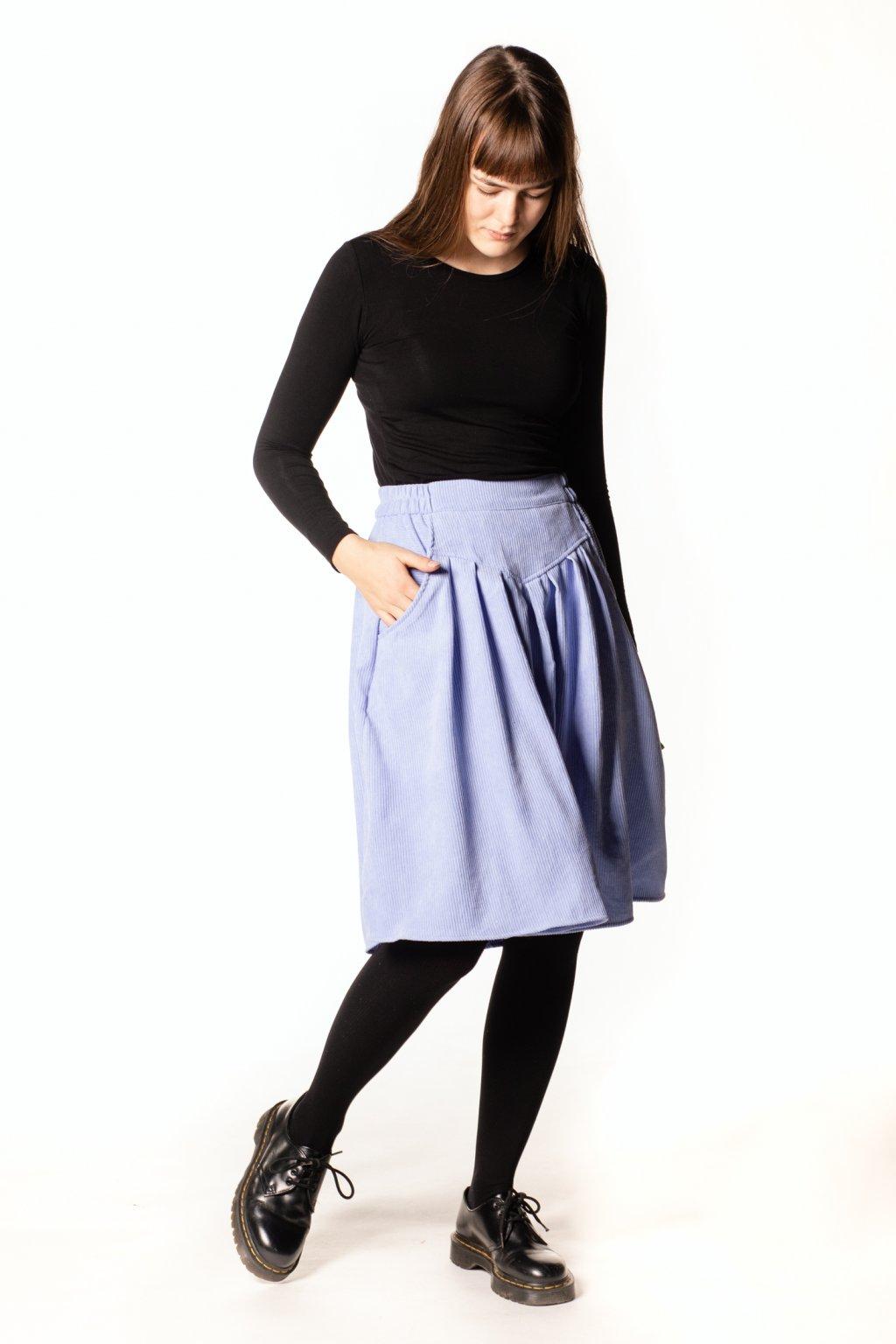 SVĚTLE MODRÁ sukně s klínem