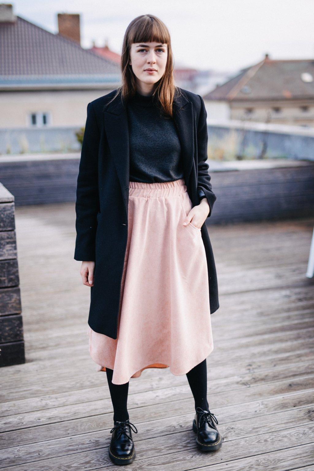 STARORŮŽOVÁ asymetrická sukně (manšestr klasický)