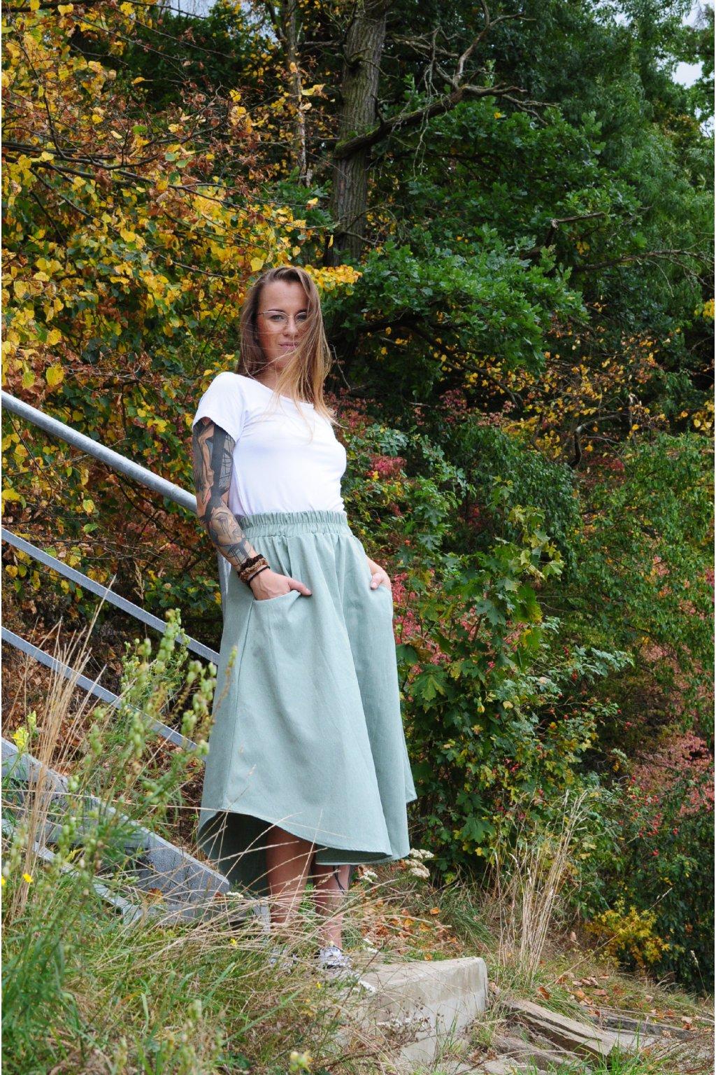 ZELENÁ asymetrická sukně (imitace rifloviny)