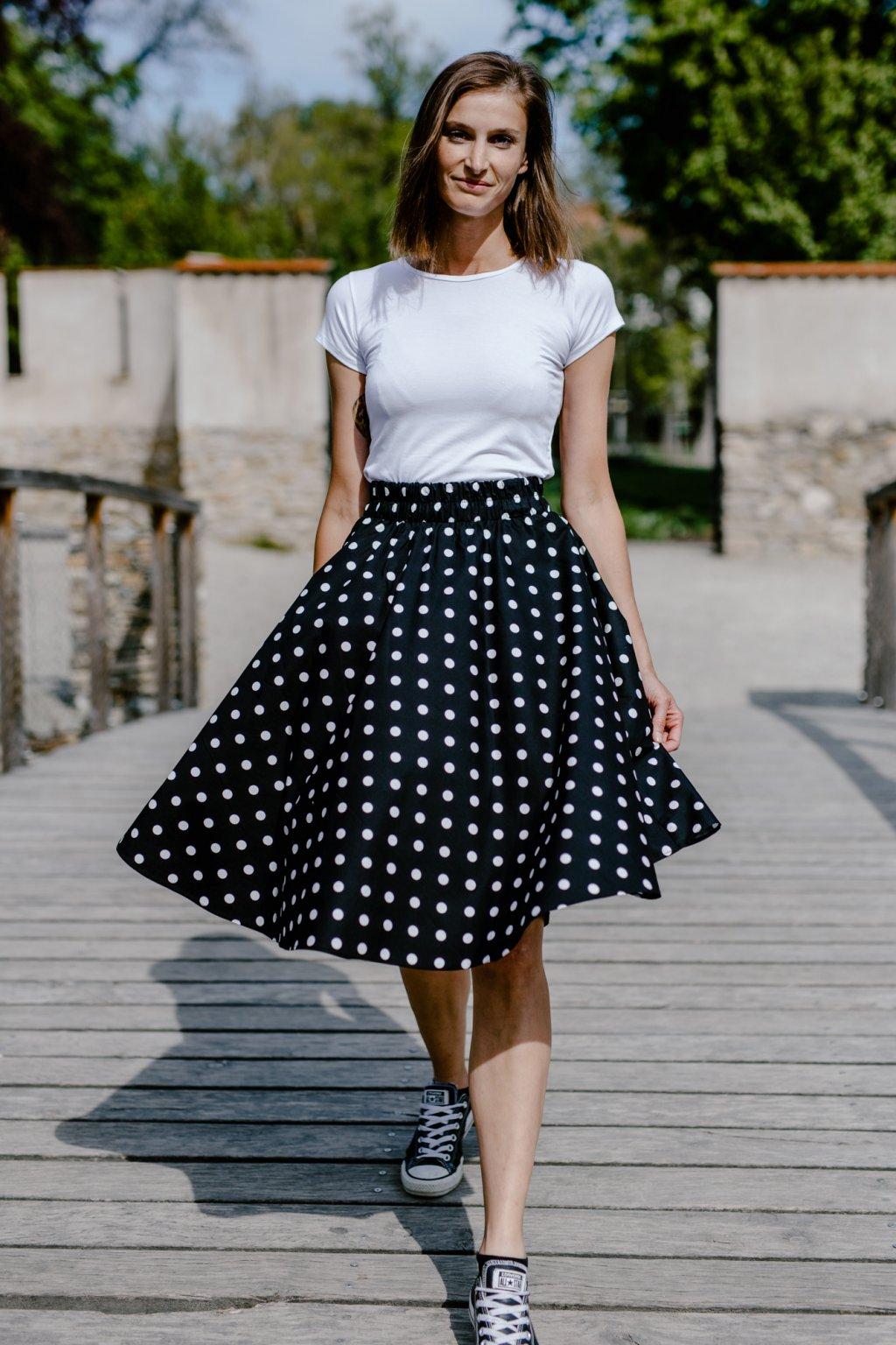 sukně PUNTÍKY 12mm v barevných variantách