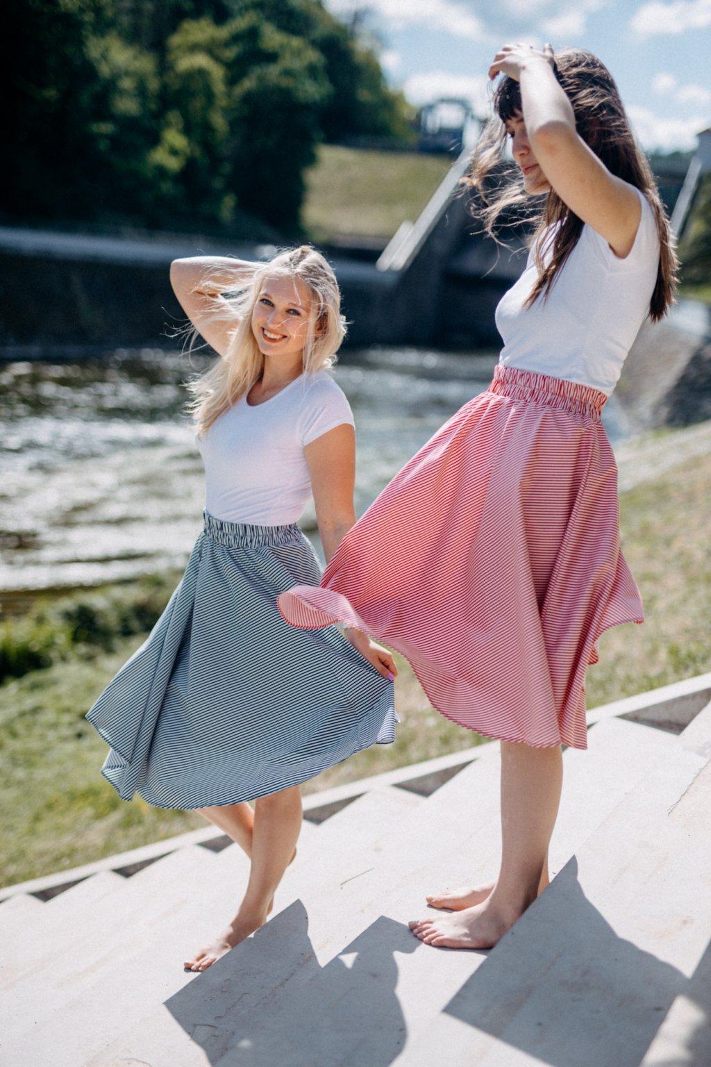 sukně TENKÝ PROUŽEK  v barevných variantách