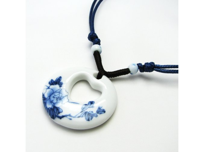BHN0072 porcelanovy privesek na snurce