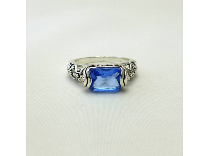 BPK0213 prsten s kamenem