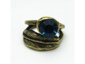 Pírko s kamenem, prsten