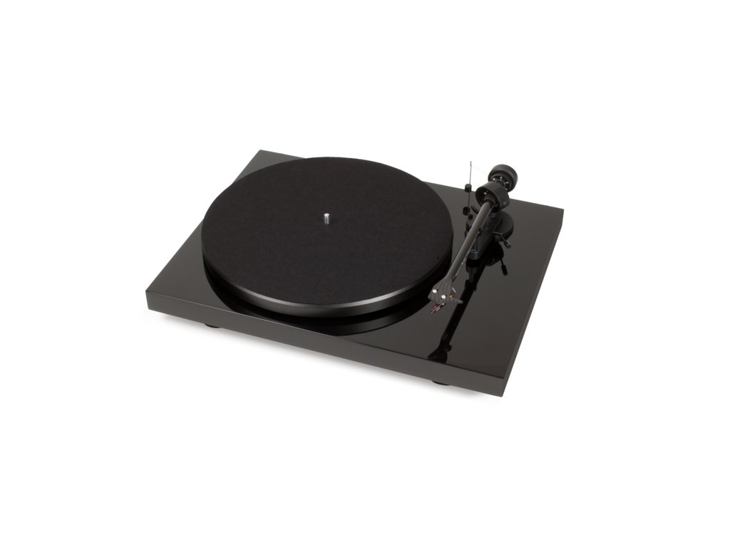 Kvalitní gramofon s tichým motorem, MDF talířem a MM předzesilovačem Project Debut Carbon DC phono USB