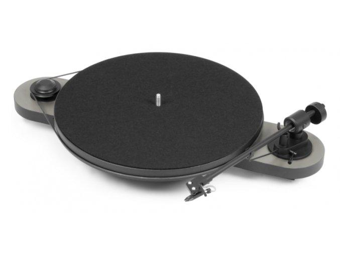 Kvalitní dvourychlostní gramofon s řemínkovým pohonem, USB výstupem a předzesilovačem Pro-ject Elemental Phono USB