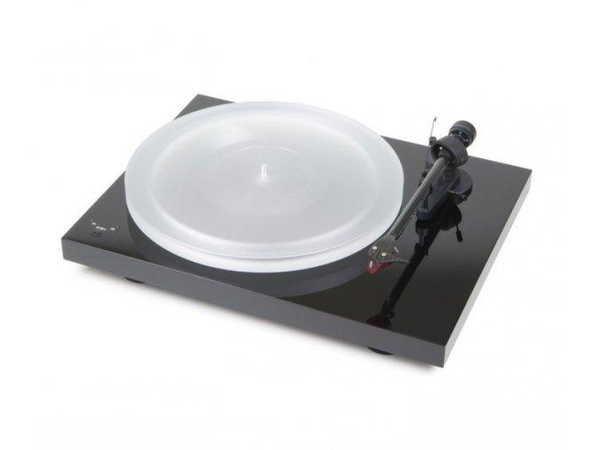 Kvalitní gramofon s řemínkovým pohonem se synchronním motorem a integrovaným Speed Boxem Pro-Ject Debut RecordMaster HiRes 2M Red
