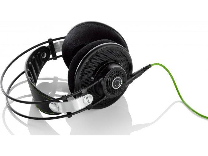 Kvalitní referenční Quincy dynamická polootevřená sluchátka AKG Q701 v černé barvě