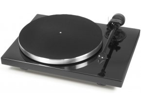 Kvalitní gramofon tichým motorem s odděleným od šasi kvůli omezení vibrací Pro-Ject 1Xpression Carbon Classic 2M-Silver