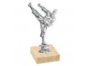 Figurka CF235 karate stříbrná