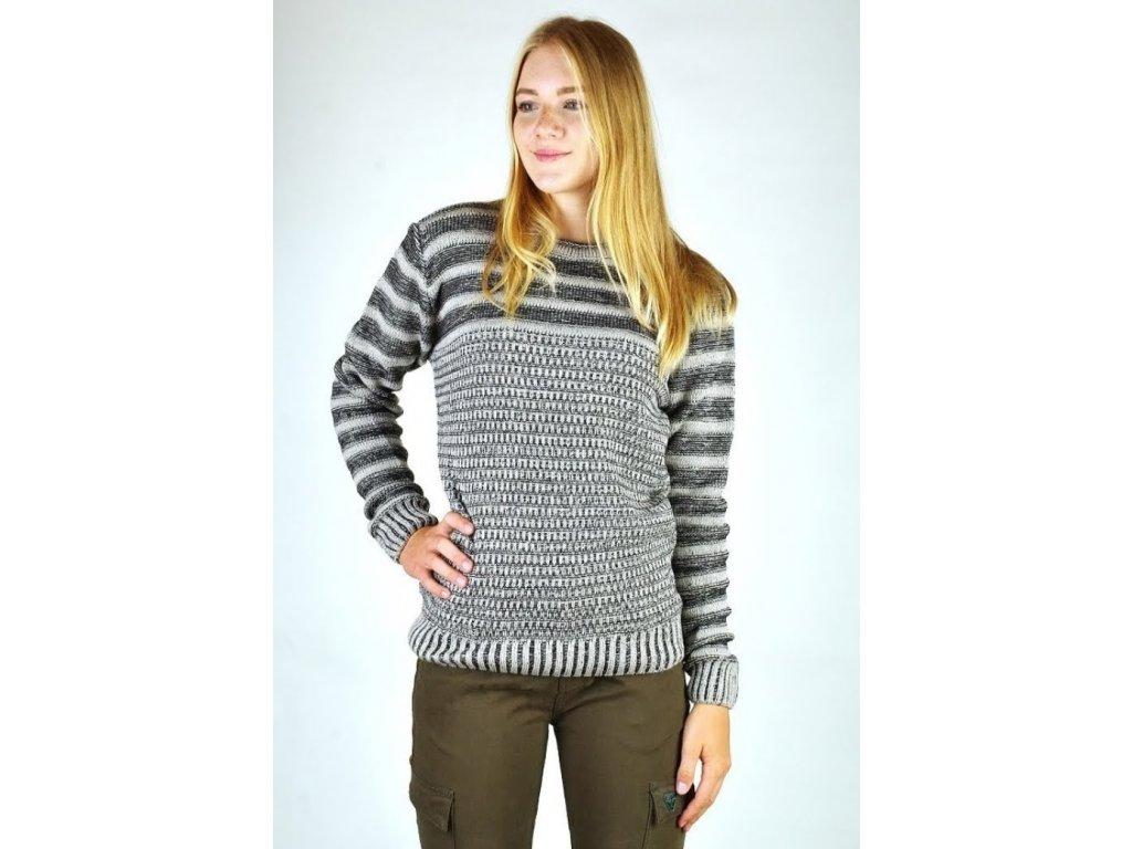 Dámský svetr s nákrčníkem