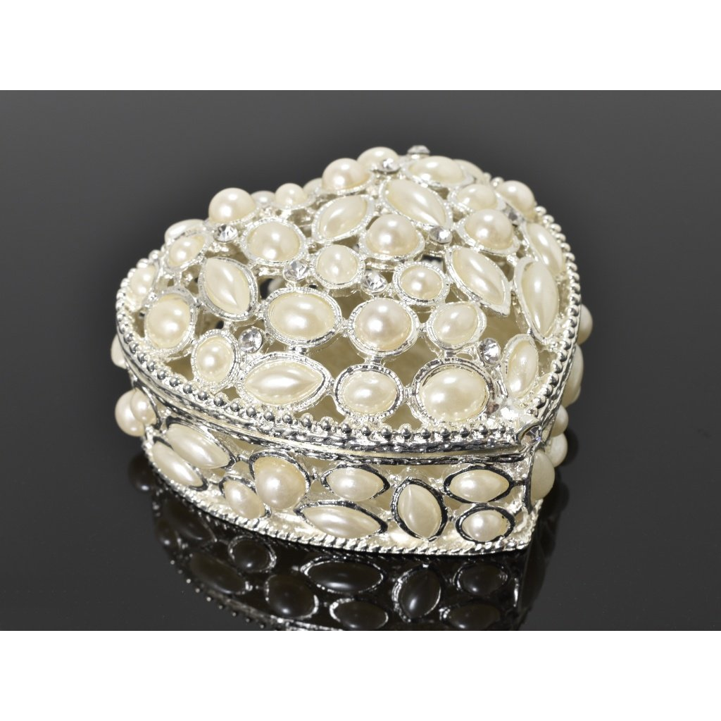 Ozdobná šperkovnica v tvare srdca s bielymi perlami- Violeta II.