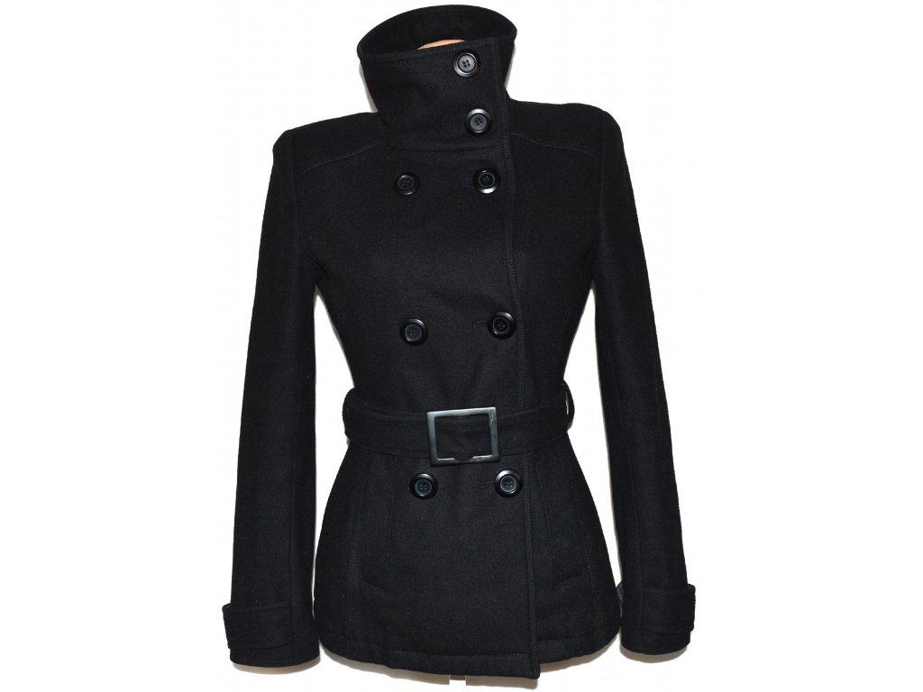 77f1a38e667 Vlněný dámský černý kabát s páskem Pimkie M - Coat-Master.cz