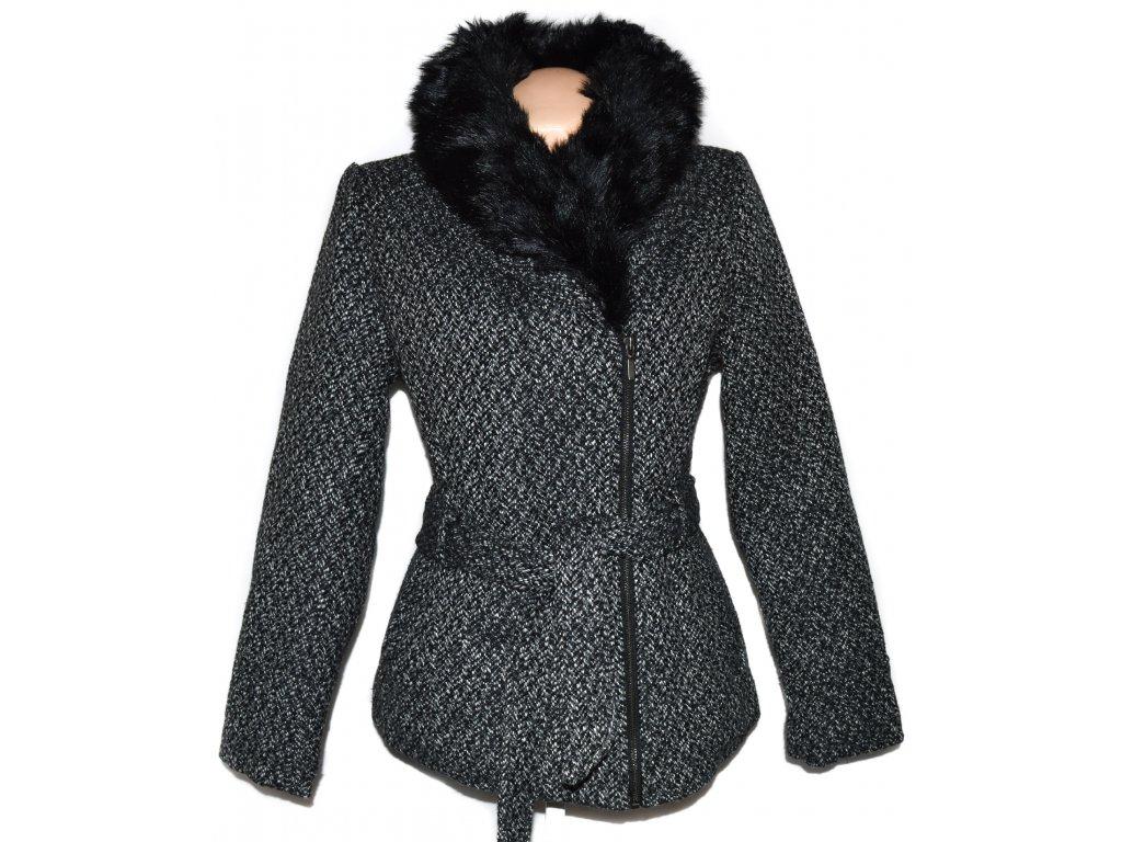 Dámský zateplený kabát - křivák s kožíškem COEXIS 38 64e87ee068d