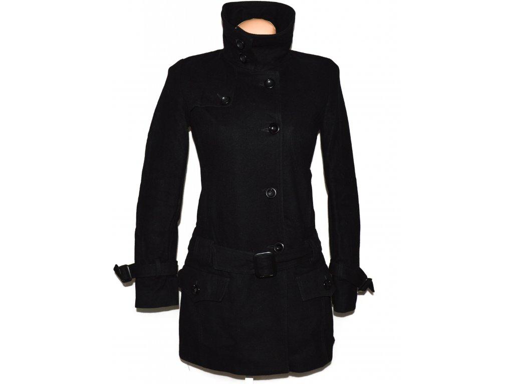 Vlněný (60%) dámský černý kabát s páskem Select S