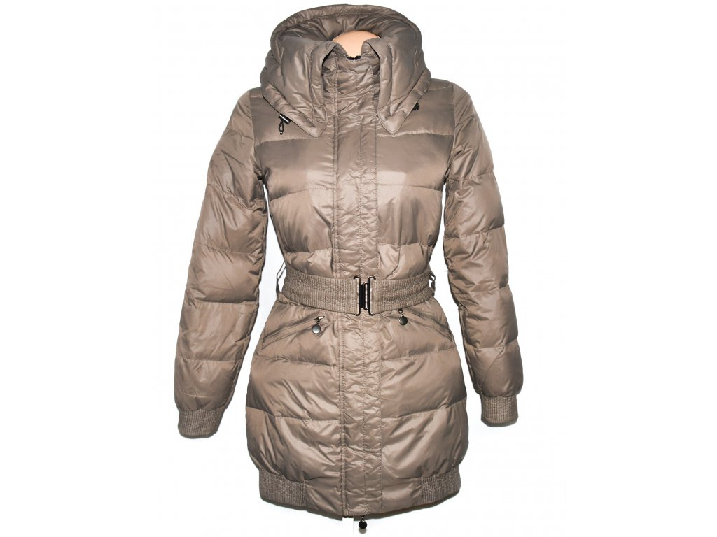 Péřový dámský hnědý kabát s páskem Reserved 36