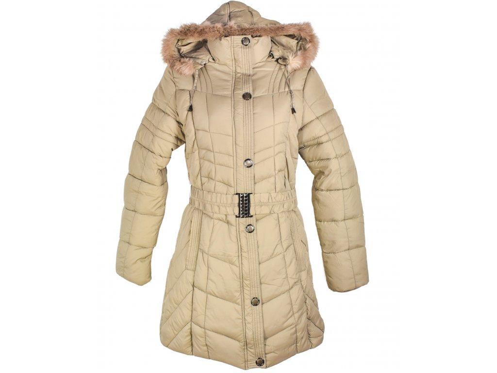 Dámský prošívaný zimní béžový kabát s páskem a kapucí - pravý kožíšek M