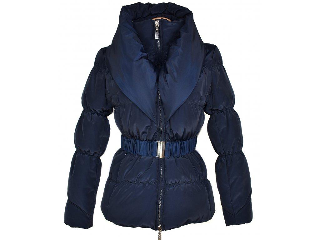 Péřový dámský prošívaný modrý kabát s páskem a límcem S/M