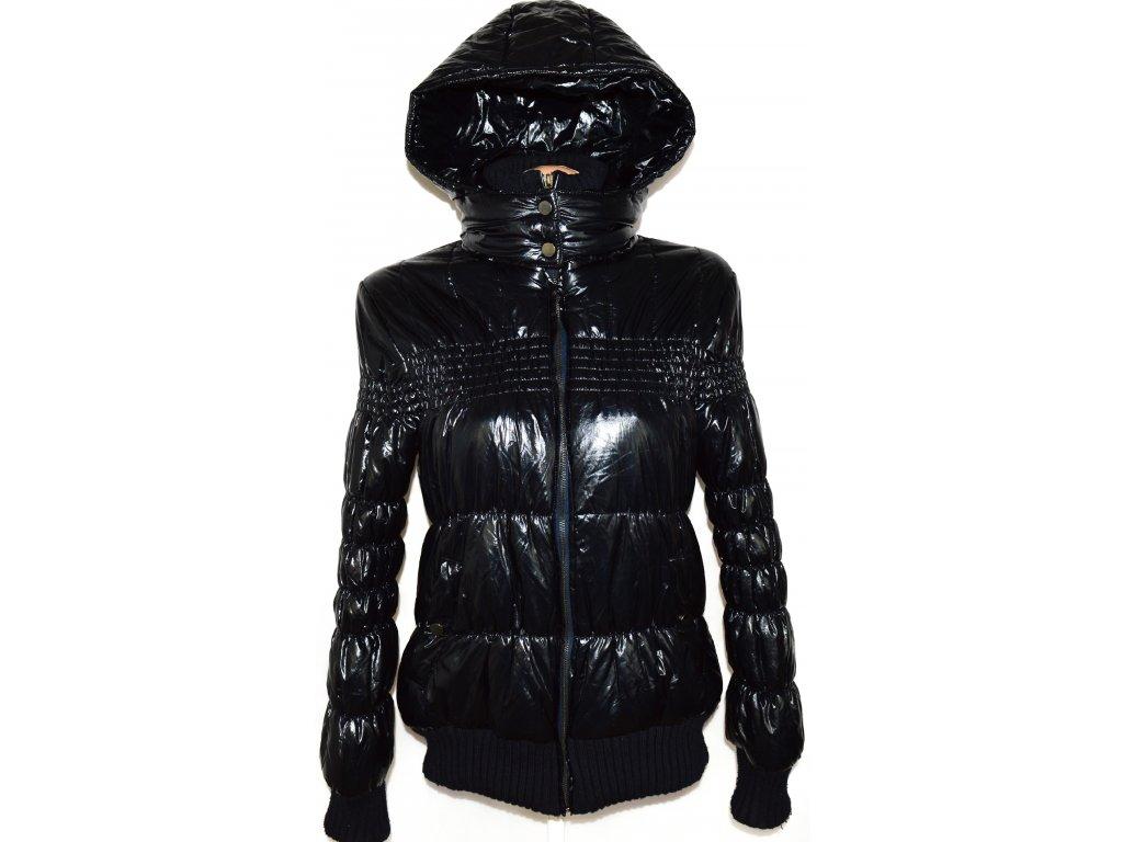 Dámská tmavě modrá šusťáková bunda s kapucí M