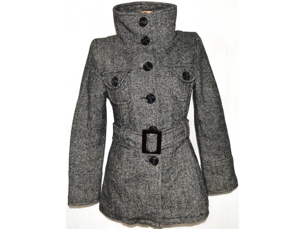 Dámský šedočerný zateplený kabát s páskem vel. M