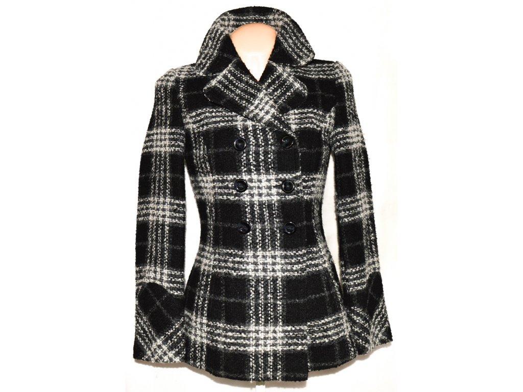Dámský černobílý kabát F&F 36