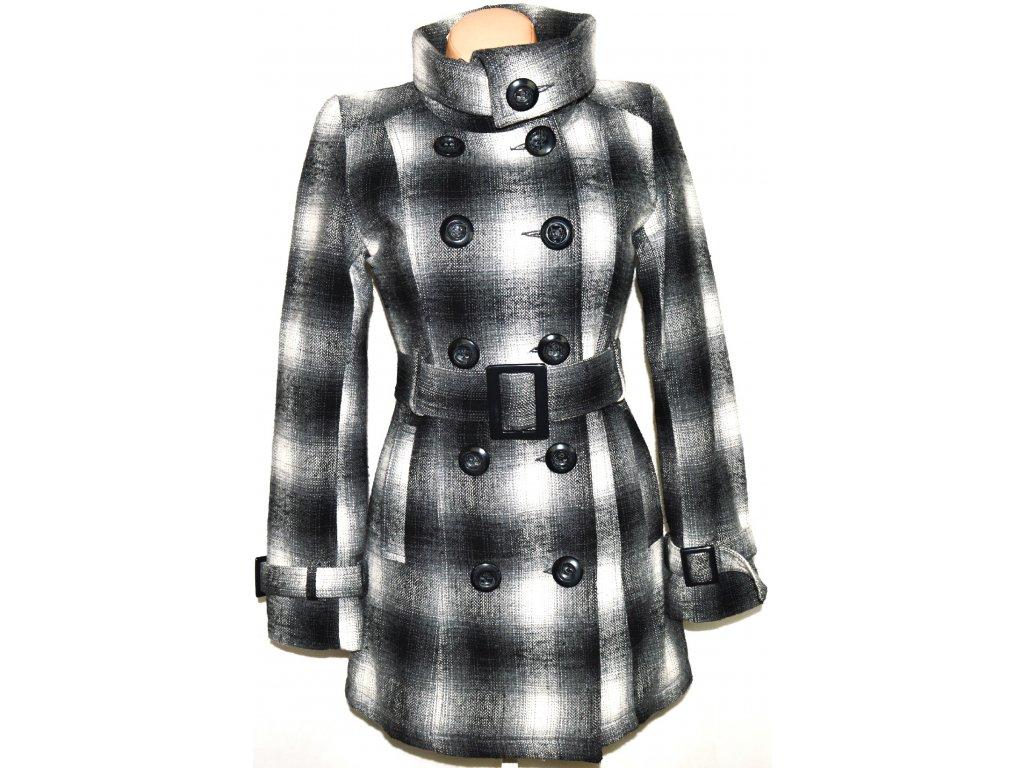 Vlněný dámský šedočerný kabát s páskem, límcem M