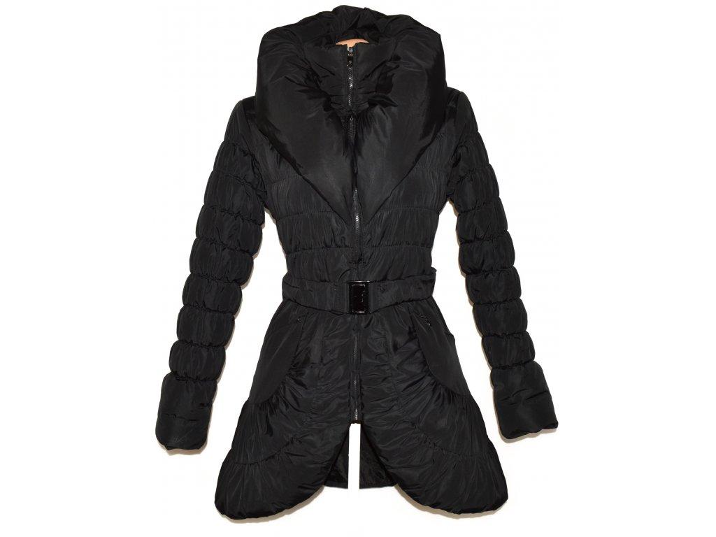 Dámský černý šusťákový prošívaný kabát s límcem SOFTY M - Coat-Master.cz d6c4f9698b3