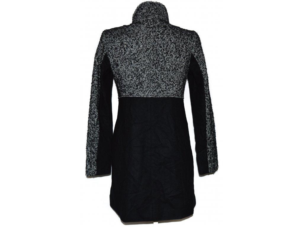 Vlněný dámský černý atypický kabát CAMAIEU M - Coat-Master.cz 2fdd4aff66e