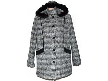 Dámský černobílý zateplený kabát s kapucí s pravým kožíškem XXL