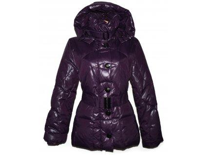Péřový dámský fialový prošívaný kabát s páskem a kapucí BIBA 40