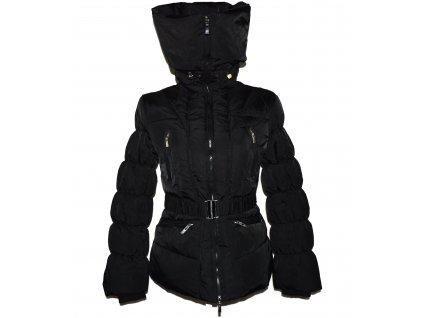 Péřový dámský černý prošívaný kabát s páskem AMISU 38