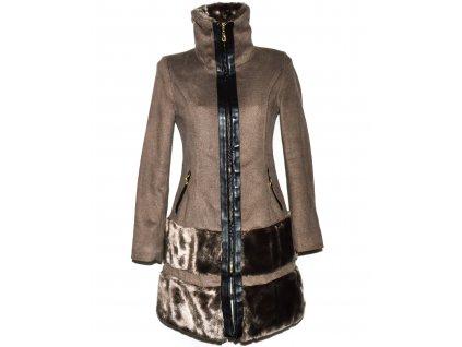 Dámský hnědý kabát s kožíškem Kelyna Paris S