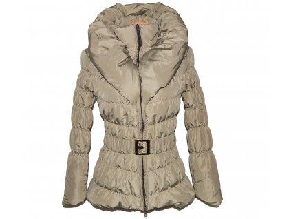 Dámská béžová prošívaná bunda s páskem a límcem S