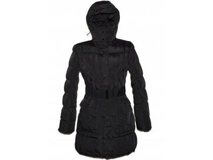 Dámský černý prošívaný kabát s páskem a kapucí Dapper M