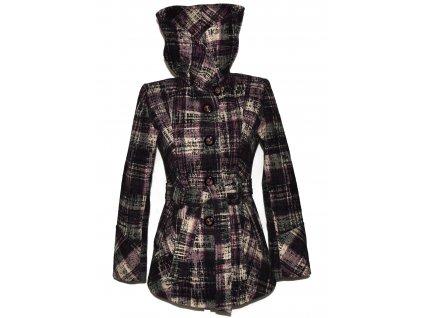 Vlněný dámský fialový vzorovaný zateplený kabát s páskem 36