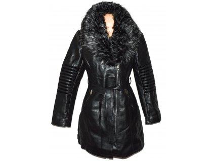 Koženkový dámský černý křivák - kabát s kožíškem L