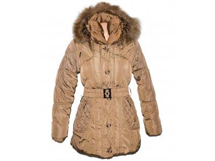 Dámský hnědý prošívaný zimní kabát s páskem a kapucí FOREST S/M