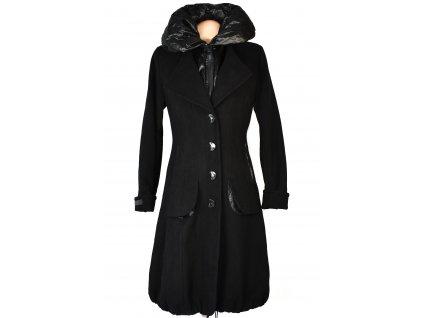 Dámský černý dlouhý kabát M