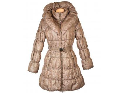 Dámský zlatý prošívaný kabát s páskem a límcem XL