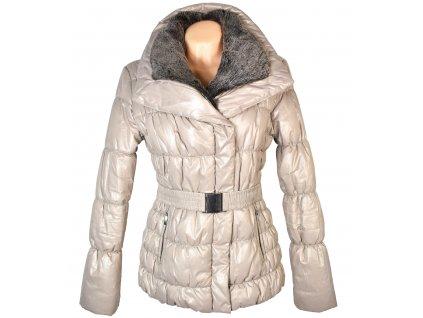 Dámské krémový prošívaný kabát s páskem a kožíškem Orsay 40