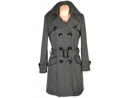 Dámský černo-šedo-bílý kabát s páskem Linda M