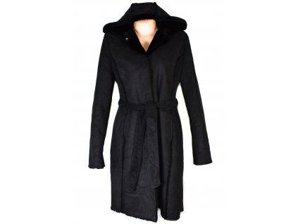 Dámský černý zimní kabát s páskem a kožíškem L