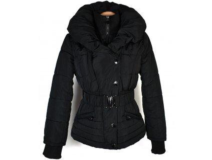 Dámský černý prošívaný kabát s páskem AFEIL S