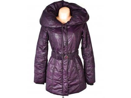 Dámský fialový prošívaný kabát s páskem a límcem ORSAY 38