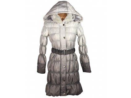 Dámský prošívaný šedý kabát s páskem a kapucí ORSAY S