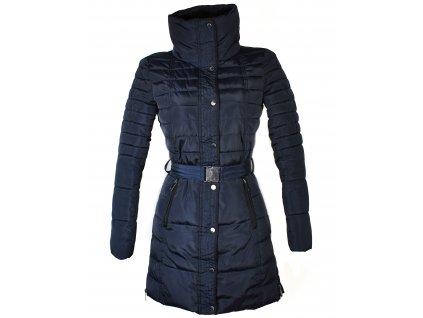 Dámský tmavě modrý prošívaný kabát s páskem Reserved 34