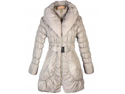 Dámský béžový prošívaný kabát s páskem a límcem M